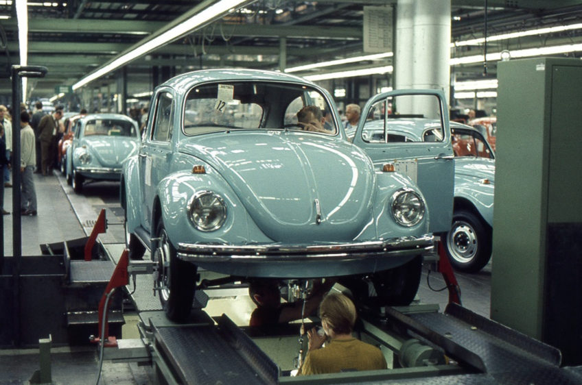 VW Beetle production at Wolfsburg 1302